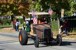 small-town-parade_22354169774_o